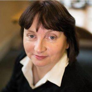 Lorna Maloney1
